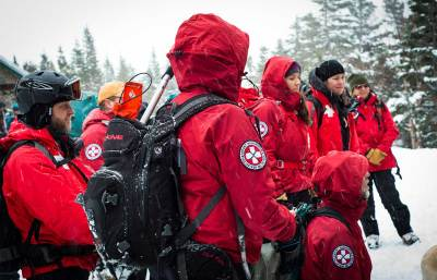 Mount Washington Volunteer Ski Patrol (Klementovich photo)