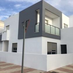 blanco gris tonos exterior oficina pintar fachada