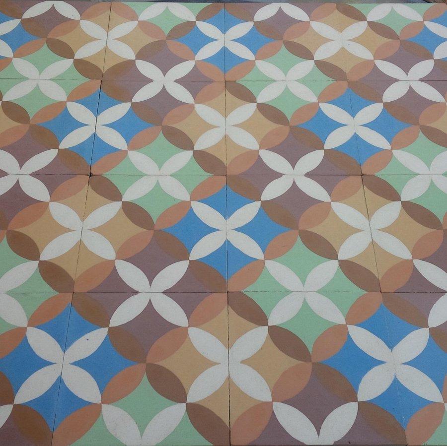 Foto Mosaico Hidraulico de Cemento en 7 Colores de Ft