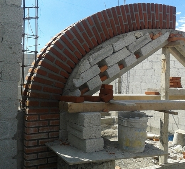 Foto Arco de Tabique Aparente de Construcciones Mafep