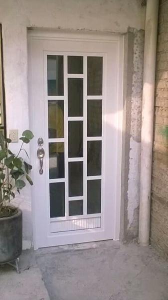foto puerta de patio trasero de ruizar