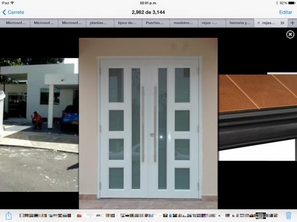 Foto Puerta Acceso Principal de Tecno Aluminio y Cristal