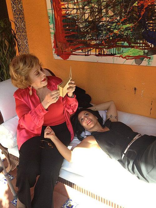 Alejandra Guzmn celebra su cumpleaos 45 con salud y