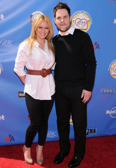 Hilary Duff y Mike Comrie anuncian su separacin