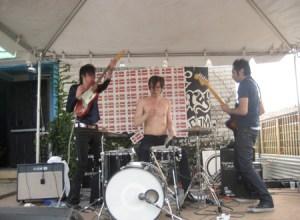 The Good The Bad spiller surf-rock under den texanske sol.