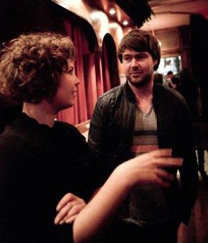 Lisa Marxen sammen med Friendly Fires trommeslager Jack Savidge.