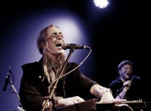 Norske Highasakite spillede indiepop i Berlin.