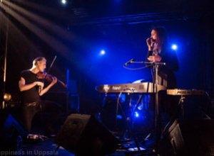 Broken Twin med violinisten Nils Gröndal i forgrunden fik ørenlyd i Paris.