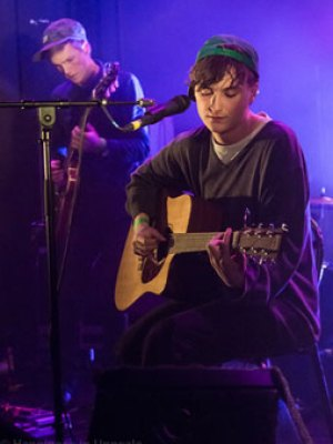 Jonathan Schultz - ung mand med moden musik på samvittigheden. (foto: Stéphane Guéguen  - Happiness-in-uppsala.fr)