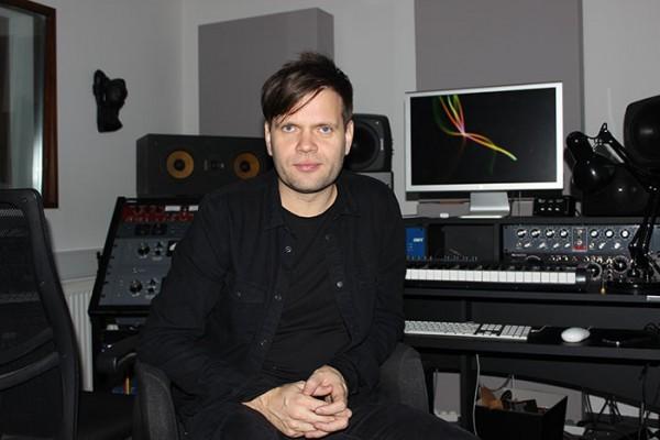 """Anders Trentemøller - har lille gruppe """"trusted persons"""" til at klare myriaderne af praktiske spørgsmål - de kunstneriske står han selv for 100 procent."""
