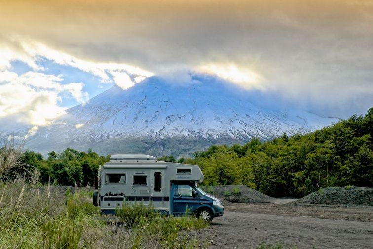 Bimobil und Vulkan Osorno