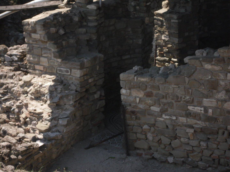 SAM 1005 - Stobi, the paradise of archeology