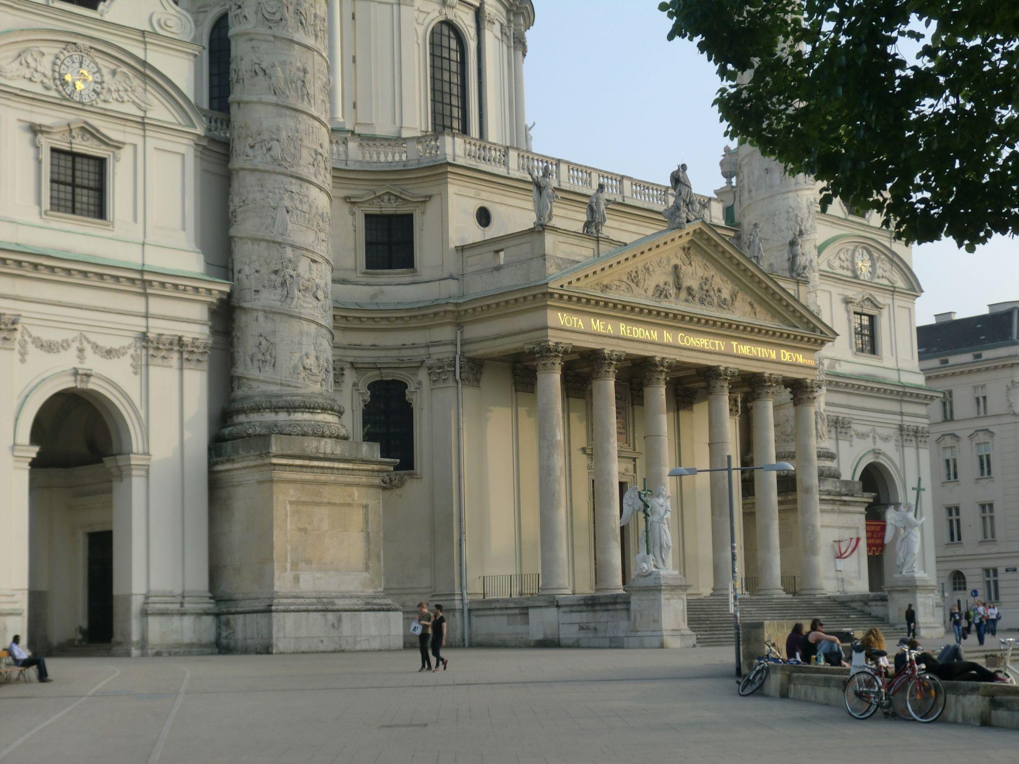 Vienna Opera 14 1440x1080 - Vienna: elegant beauty
