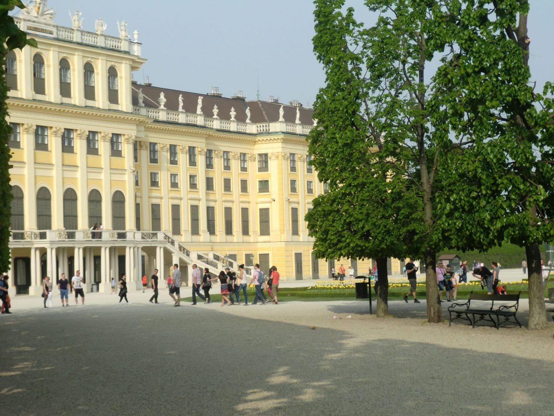 Vienna Schönbrunn 26 1440x1080 - Vienna: elegant beauty