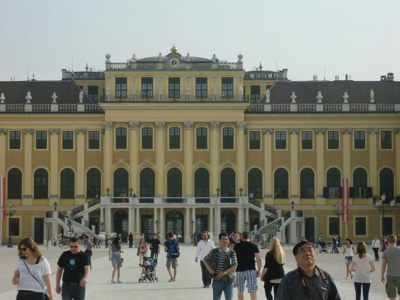 Vienna Schönbrunn 3 1440x1080 - Vienna: elegant beauty