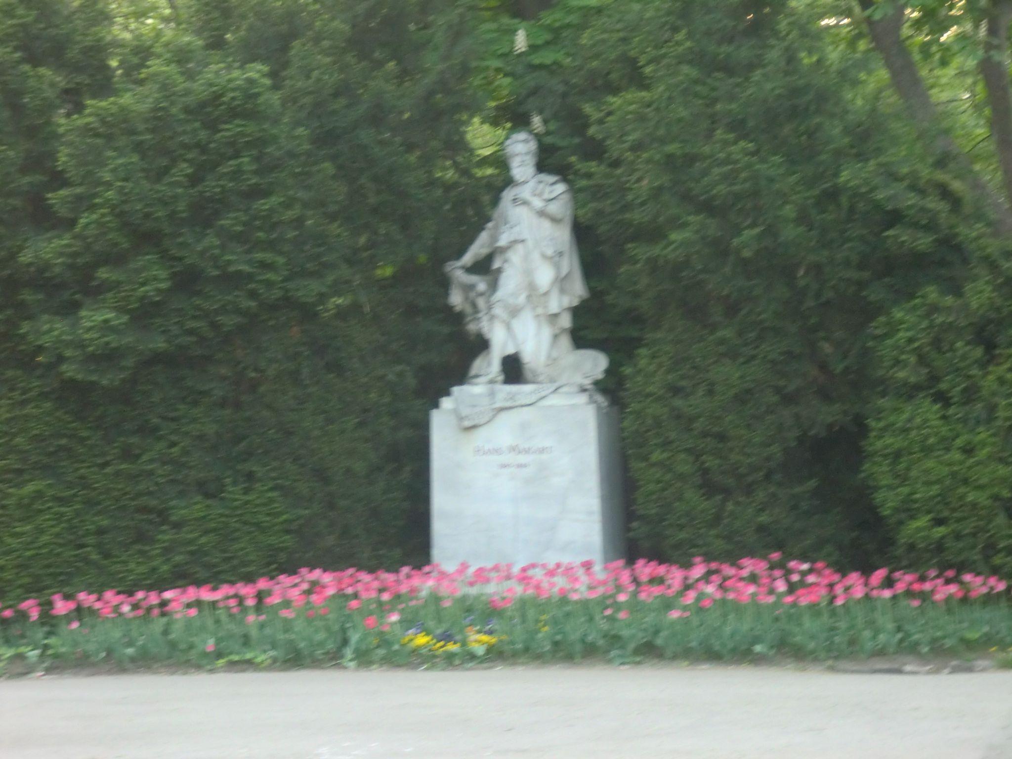 Vienna park 25 1440x1080 - Vienna: elegant beauty