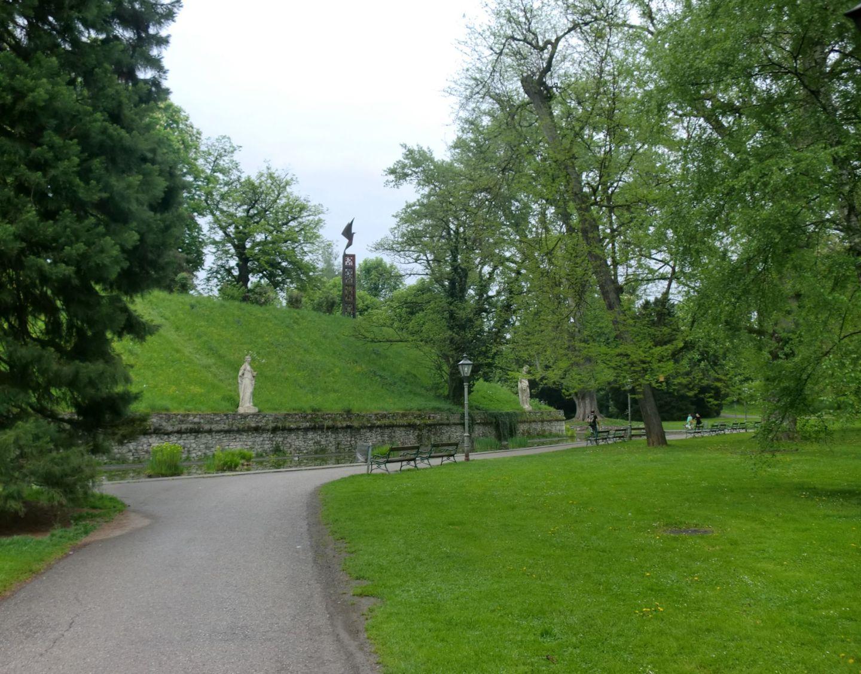 Graz park 1 - Graz: tradition and modernity