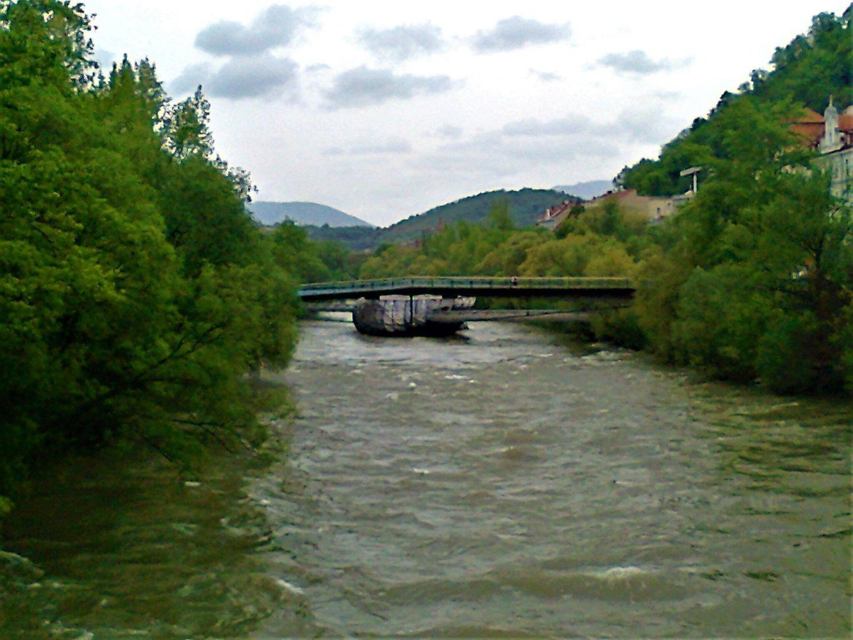 Graz river - Graz: tradition and modernity