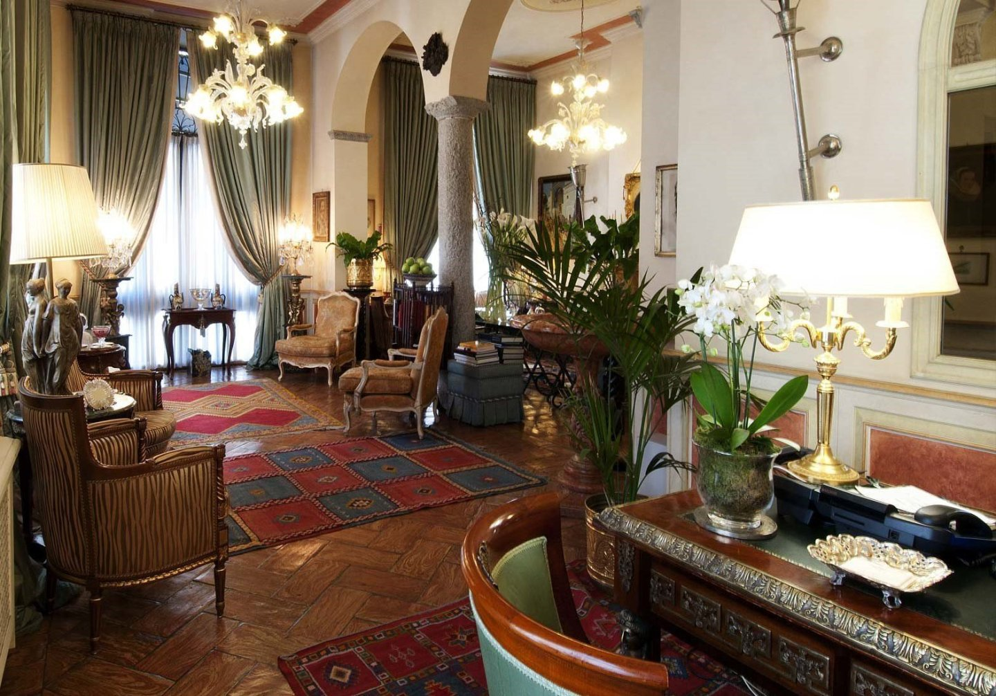 Petit Palais Hotel de Charme, a luxury stay in Milan