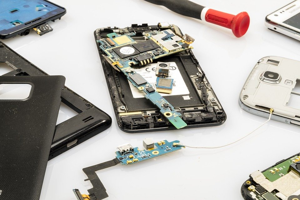 Device repair: make money to travel