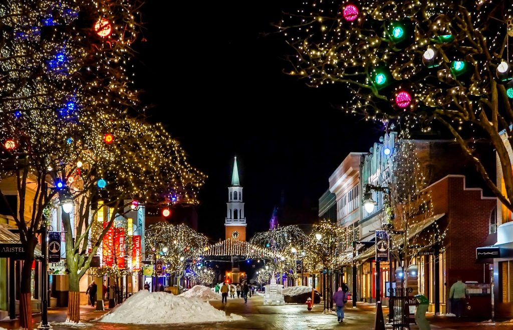 best christmas destinations - christmas vacations for families - christmas vacations for families affordable 2020