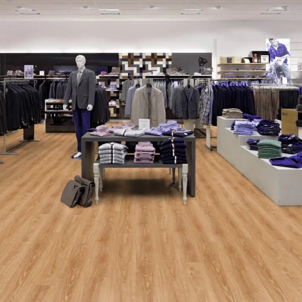 Fashion Store mit Project Floors Click Collection_PW4011