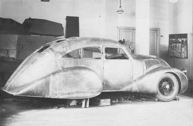 Советский Спорткар ГАЗ-А-Аэро в процессе постройки