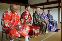 """BETTER LATE THAN NEVER -- """"Kyoto, Japan"""" Episode 102 -- Pictured: (l-r) George Foreman, Jeff Dye, Terry Bradshaw, Henry Winkler, William Shatner -- (Photo by: Paul Drinkwater/NBC)"""