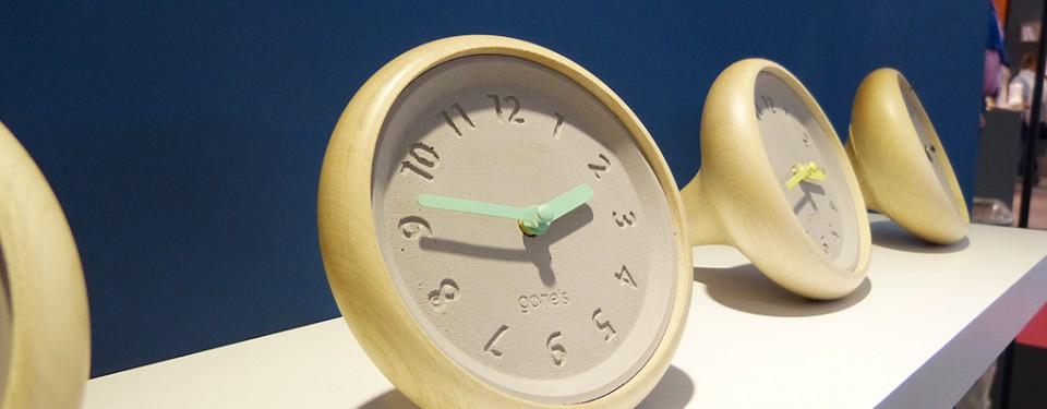 Horloge éco-design à poser Toupie
