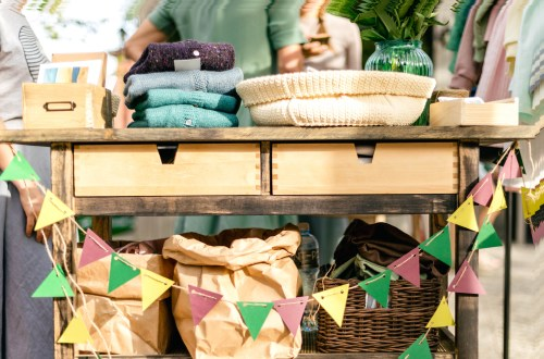 Tips for selling products at a market