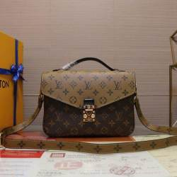 (Free Shipping) LV2019 new womens bag fashion handbag shoulder bag can be slanted wild flip spot fast delivery