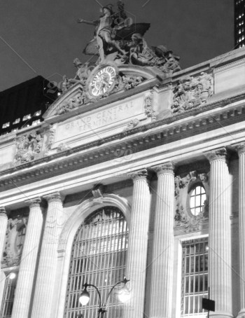 stock-photo-architecture-black-and-white-gray-black-and-white-grey-new-york-city-statue-outside-shadows-58a82774-bff9-4c79-9cbd-6893212a9fcd