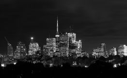 toronto-night-skyline-black-white-copy-space-47007640