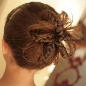 Прически для девочек на длинные волосы16
