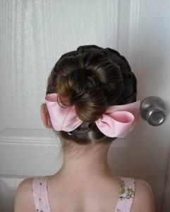 Прически для девочек на длинные волосы36
