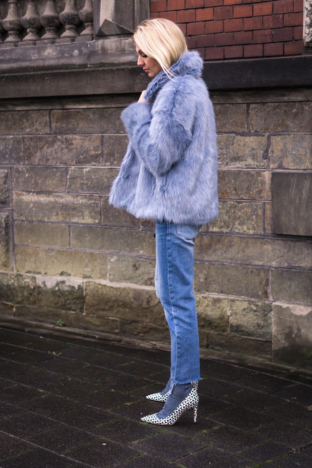 Weekday Faux-Fur Jacke