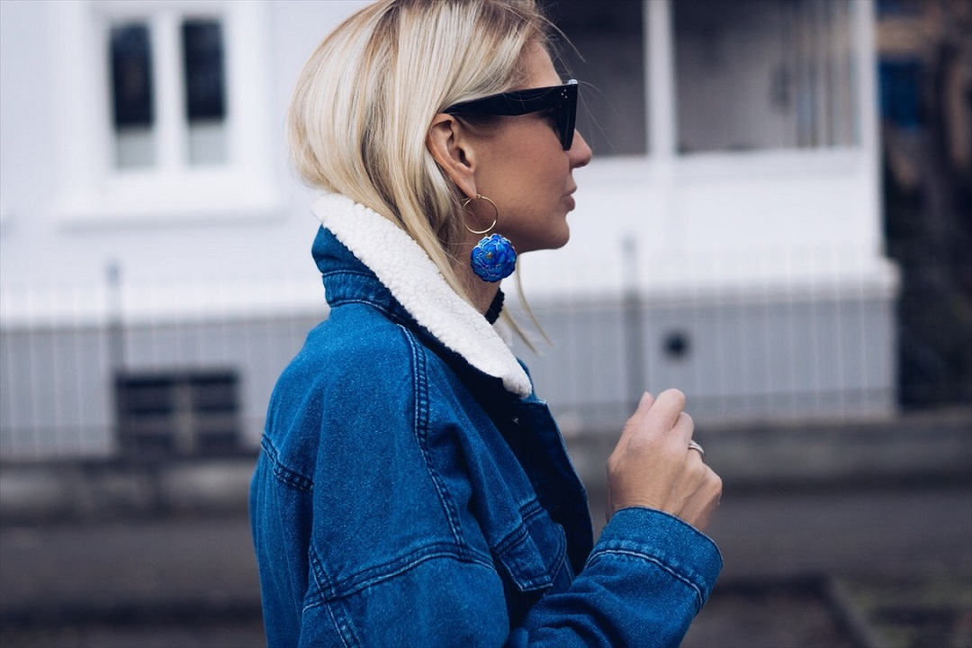 What to wear in March now Statement earring