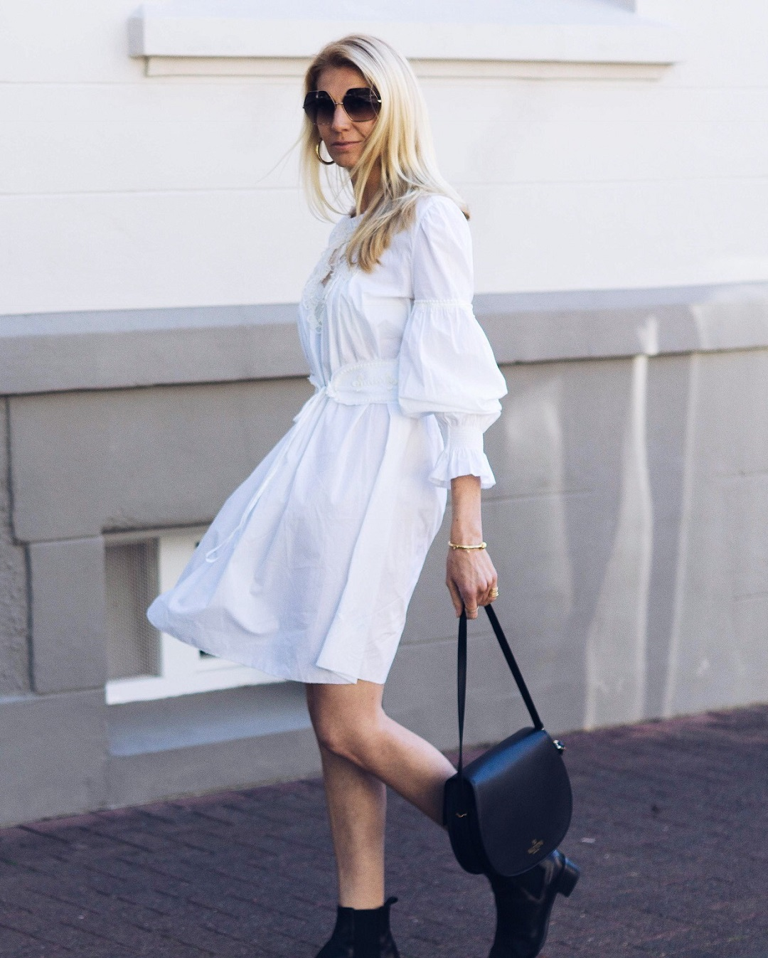 White summer dress and how to wear it now