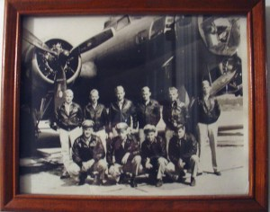 group portrait photo of Larry Mickow's B-17 plane and crew