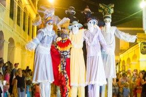 Mocko Jumbie Jump Up Christiansted St Croix