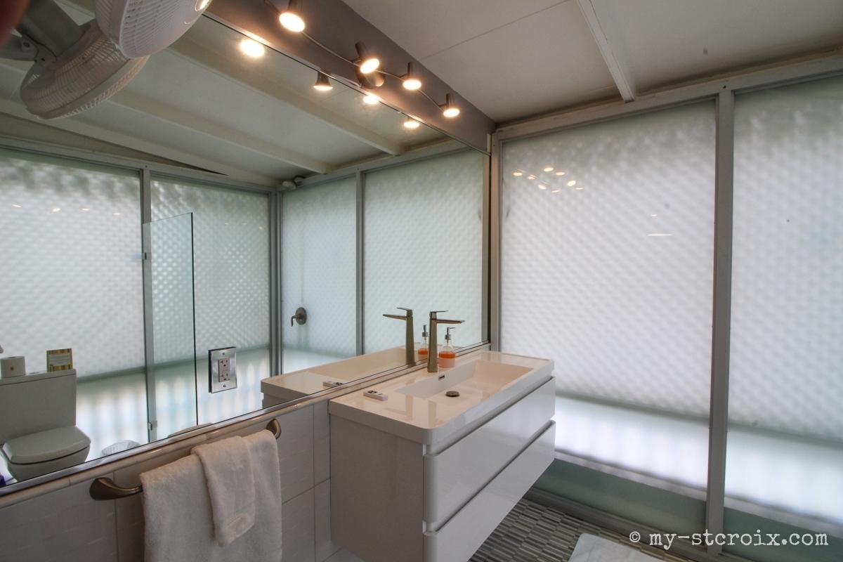The Murray bathroom