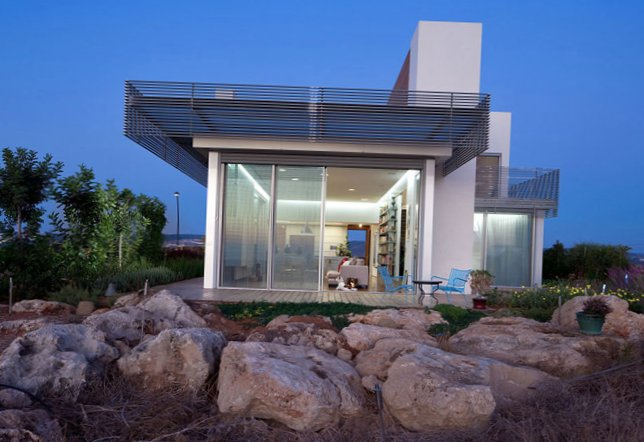 House near the Mediterranean sea in Israel  MySweetHouse