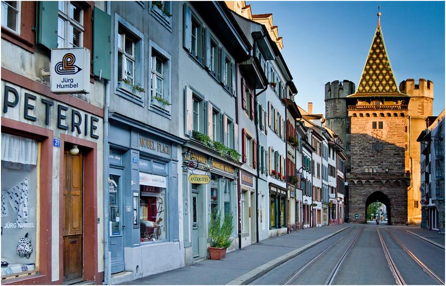 Тихая улочка Базеля. Швейцария
