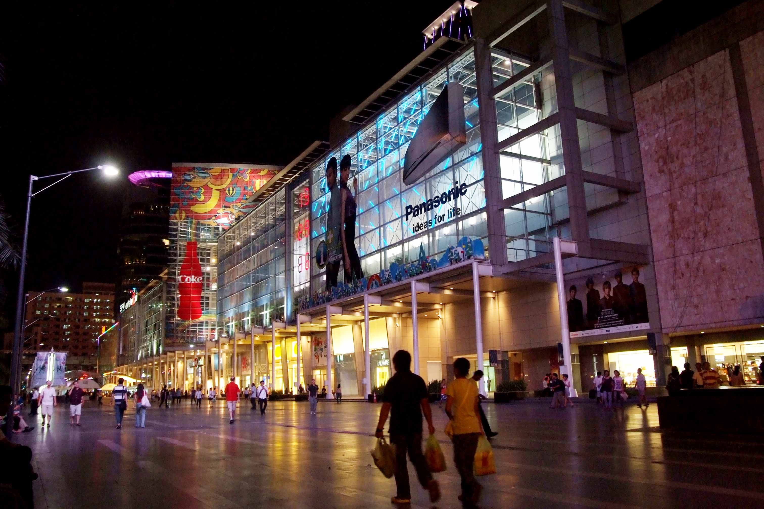 thailand shopping malls closing early