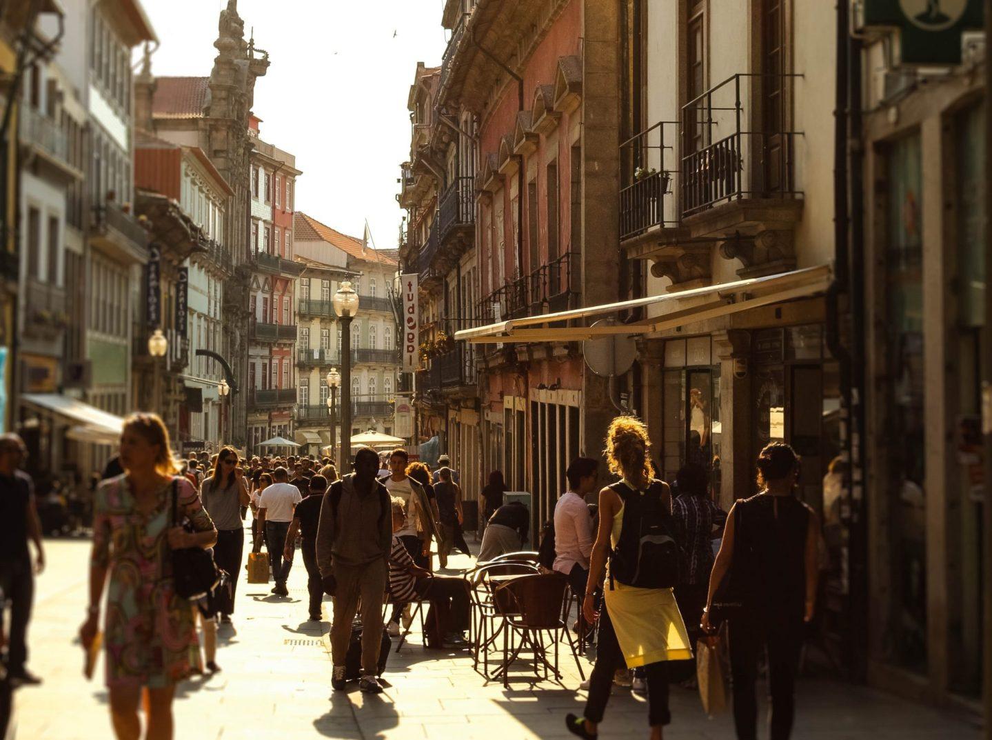 Rua das Flores: Das mais bonitas da Cidade do Porto