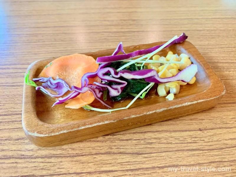 山月村の太魯閣族料理