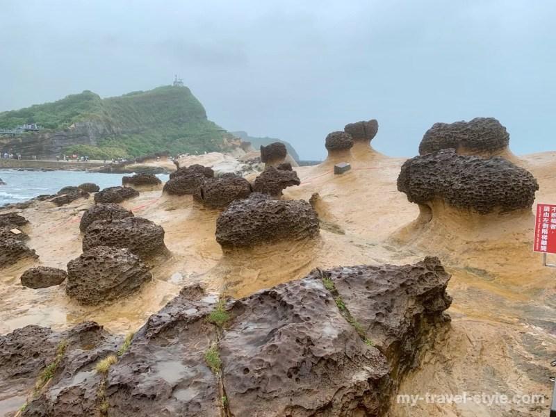 野柳地質公園のキノコ岩