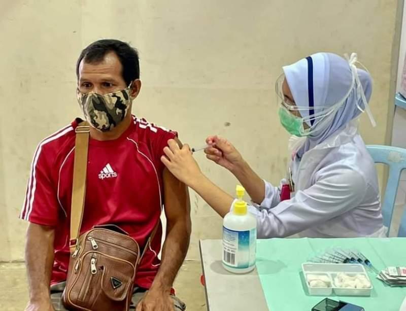 Vaksinasi Orang Asli Pahang Berjalan Lancar