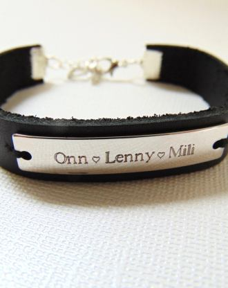 Customized black leather cuff bracelet, engraved message bar bracelet, stamped name plate bracelet, personalized jewelry, unisex gift