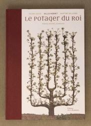 PHOTO: Book cover of Le Potager du Roi.